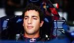 Риккьярдо взял вверх на  рекордами  на трассе Top Gear