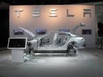 Тесла представила прототип эко-автомобиля