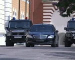 Водителя Владимира Путина не будут штрафовать за езду без номеров