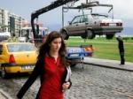 Скандал в Петербурге: женщина заявила, что ее эвакуировали вместе с автомобилем